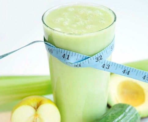 Juice Master Jason Vale shares one of his most popular juicing recipes for a delicious slimming smoothie. Most weight loss recipes don't taste this good!  RECIPE LISTED Here: Juice:  2 Golden Delicious Apples, 2 Celery Stalks, 1/3 Cucumber, 3 cm Ginger Root, 1 or 1/2 Small Lime Blend:  Juice mixture above with 1/2 peeled and pitted Avacado.  Delicious!