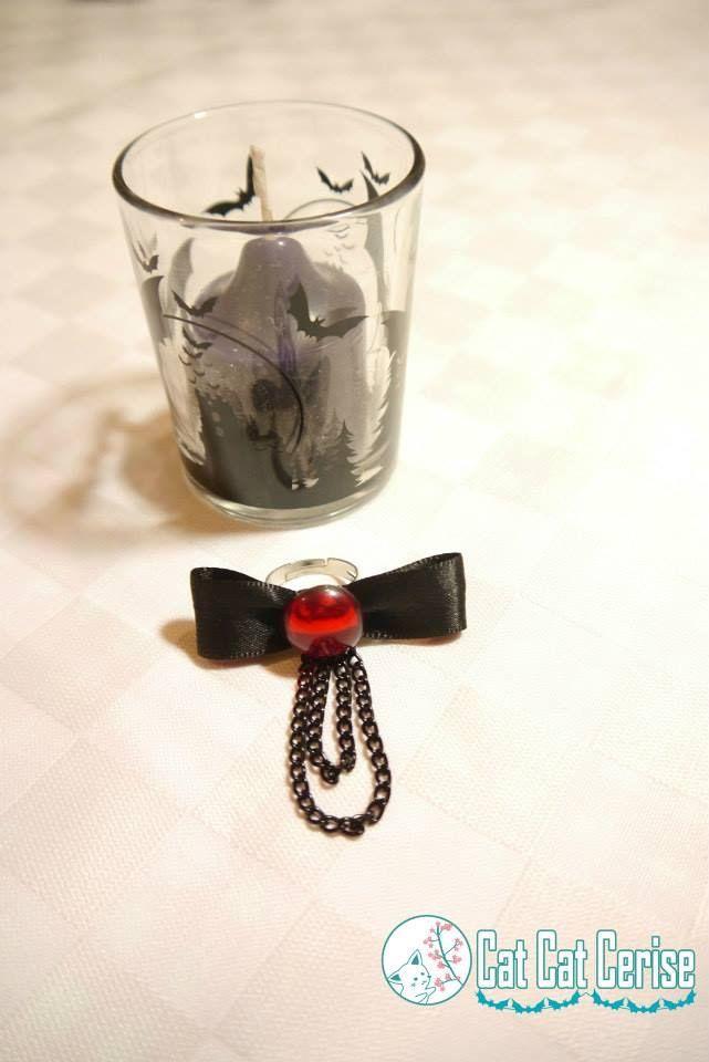 Anillo inspirado en la campera Rachel Alicar de BlazBlue. #ring #anillo #vampire #vampiro #goth #jewelry #joyeria