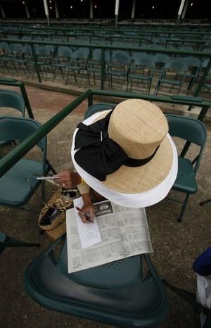 Fabulous hat: Hats 2011, Derby Auct, Beauteous Hats, Acc Hats Styl, Kentucky Derby Hats 15 Jpg, Chapeaux, Derby Fashion, 137Th Kentucky, Kentucky Derby Bonnets