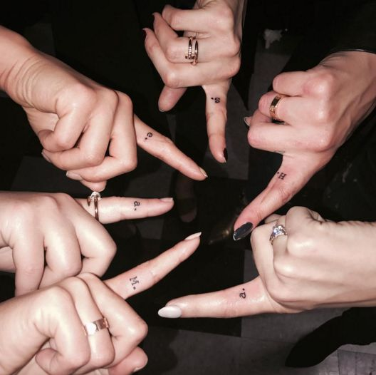 PLL Finale - THE GIRLS GOT MATCHING TATTOOS ON THEIR INDEX FINGERS WITH THEIR CHARACTERS' FIRST INITIAL - sashapieterse27: Such a special moment. Love you guys janelparrish: #sisterhood. PLL immortalized. I love you girls. Thank you@shamrocksocialclub