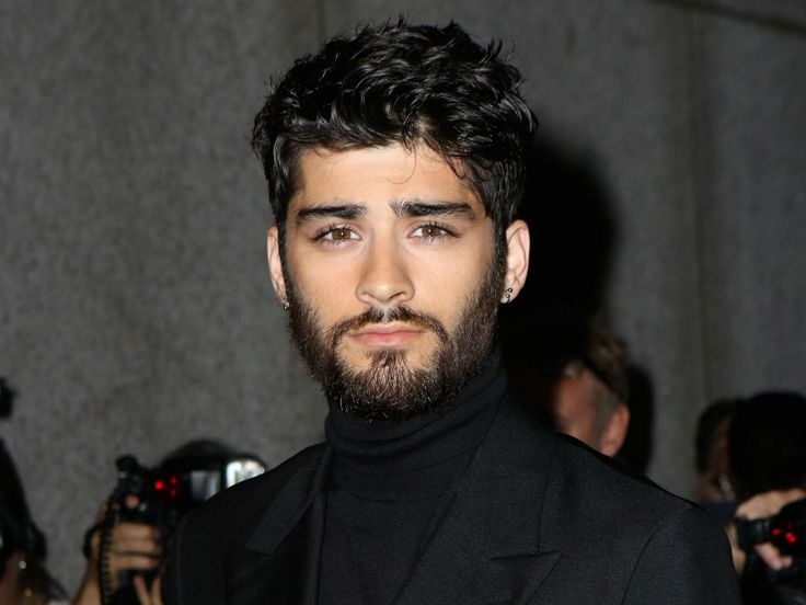 Zayn Malik interrogated for three hours at US airport because 'his ...