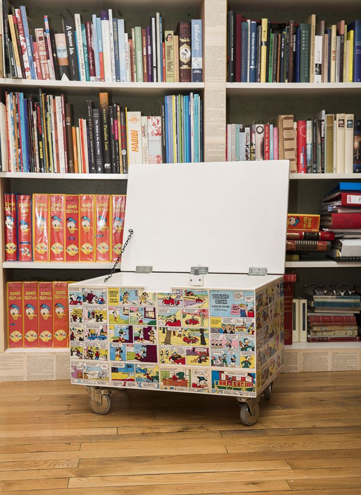 Lekekasse 2. Built by Eivind Stoud Platou Photo: Colin Eick From the book «Bygg selv – håndbok i hjemmesnekring av møbler», Kagge forlag (2016)