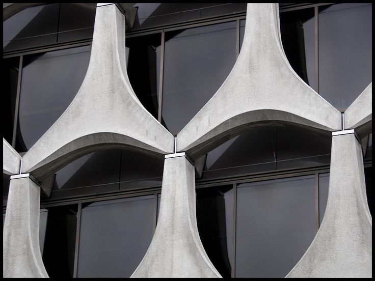Abstracting Contemporary Architecture. I. Concrete windows (Brussels)
