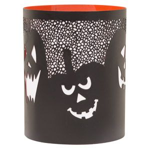Menacing, mirthful jack-o-lanterns in an eerie pumpkin patch shine through in All Hallows. #Scentsy Warmer Wrap