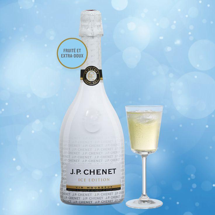 Un #vin_mousseux FRUITÉ ET DOUX tout aussi agréable à déguster à l'apéro qu'en fin de la soirée. Le #cadeau idéal pour votre collègue raffiné!