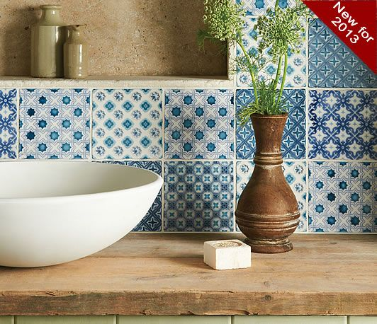 A mix of Villette, Merles, Behen, Bourron and Ormeaux all on Papyrus   - love these blue and white tiles!