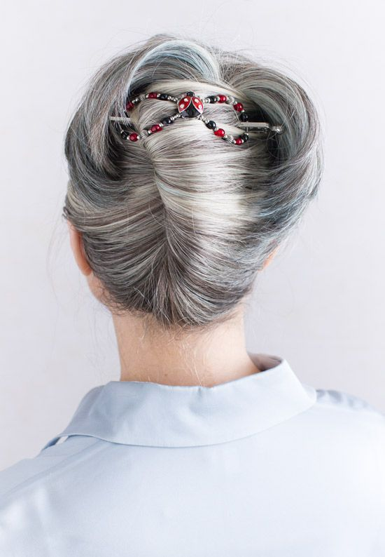 Cute Ladybug flexi clip in a tails-up!  http://coastalconservatory.com/beautiful-hair-in-seconds/