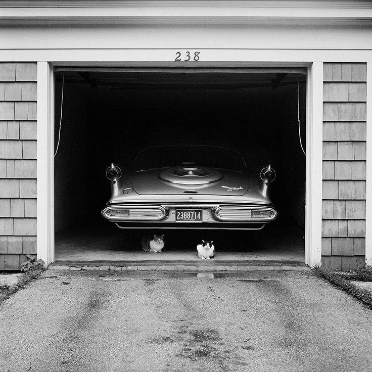 Street Photography 3 | Vivian Maier Photographer. July 1957. Chicago Suburb.