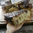 Кабачковый пирог с творогом и мятой