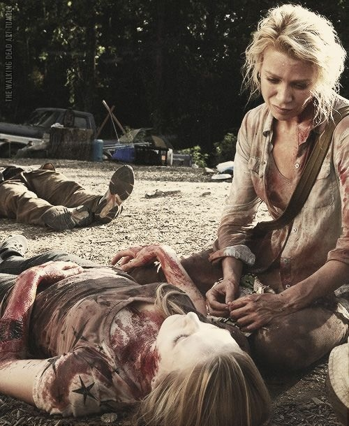 The Walking Dead - Andrea and her dead, soon to be a zombie, sister.