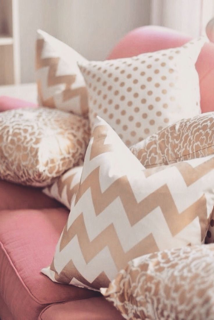 78 Best images about This is home on Pinterest Monogram pillows, Dorm bedding and Cute dorm rooms