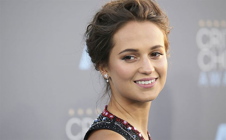 Alicia Vikander Height, Weight, Age, Affairs, Family, Net Worth