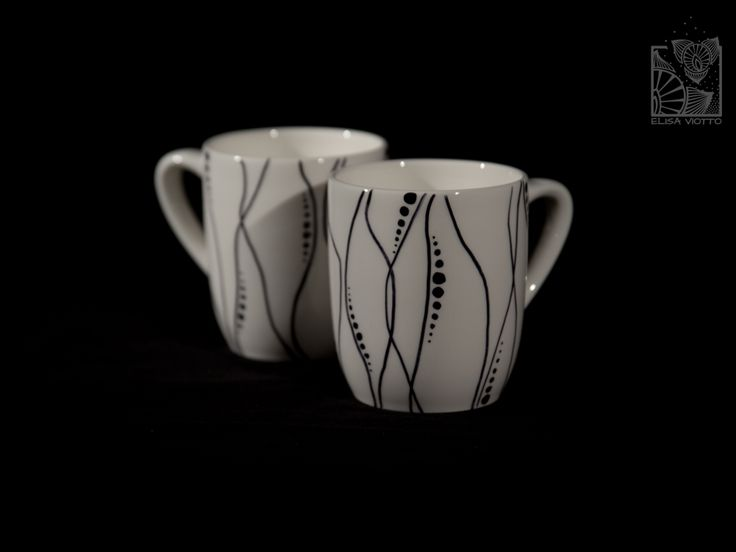 mug hand painted by Elisa Viotto Arte