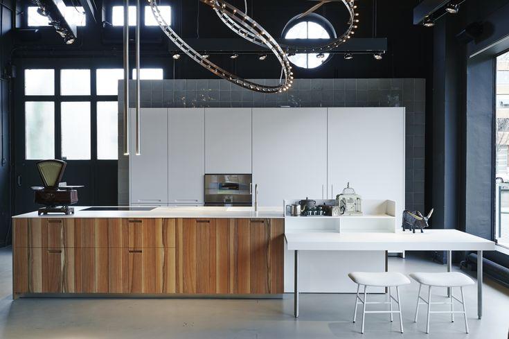 dis studio boffi showroom in amsterdam boffi kitchen. Black Bedroom Furniture Sets. Home Design Ideas