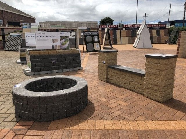 Firepits Made Easy Build Your Own Firepit By Stacking 3 Layers Of Miniwall Retainingwallblocks In Charcoal Diy Building Retaining Wall Blocks Toowoomba
