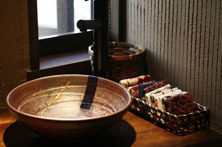 株式会社源 の オリジナルな 洗面所/風呂/トイレ 鎌倉市鎌倉山の家