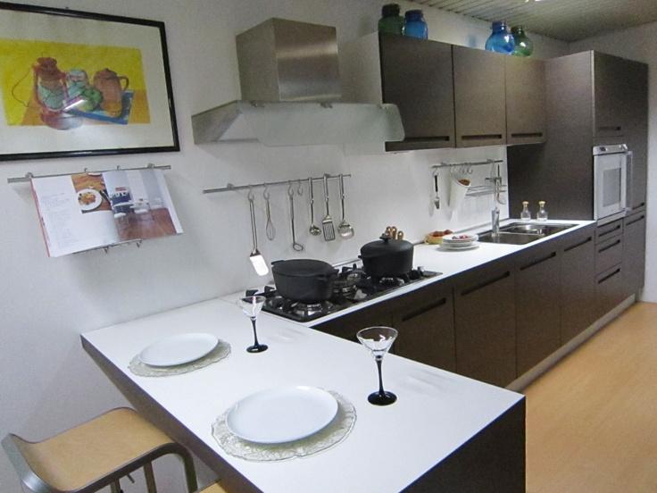 Cucina modello bonjour di aiko outletmobili italia il for Outlet mobili italia