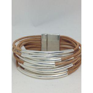 Pulsera tiras de cuero con tubitos bañados de plata, con cierre facil de iman /Pulsera acero www.relojesplatayacero.com