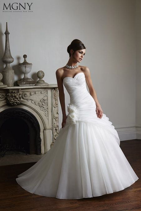 MGNY Chloe - available to try on and buy from Tilly Mint Weddings. Contact enquiries@tillymintweddings.com to book your appointment to try.