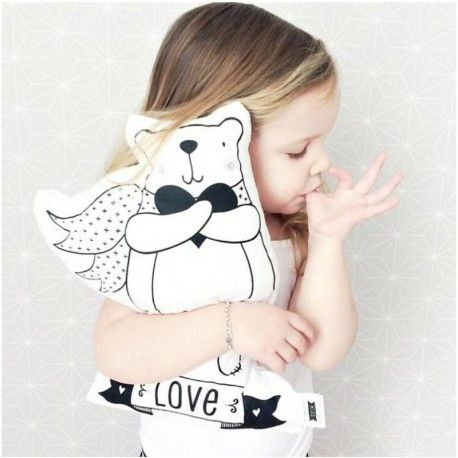 """Coussin """"Ours amoureux"""", nanelle, coussin noir et blanc, kids, girl, blond, black &white, sucer son pouce, sweet, cute, heart, ours love, ours dream"""
