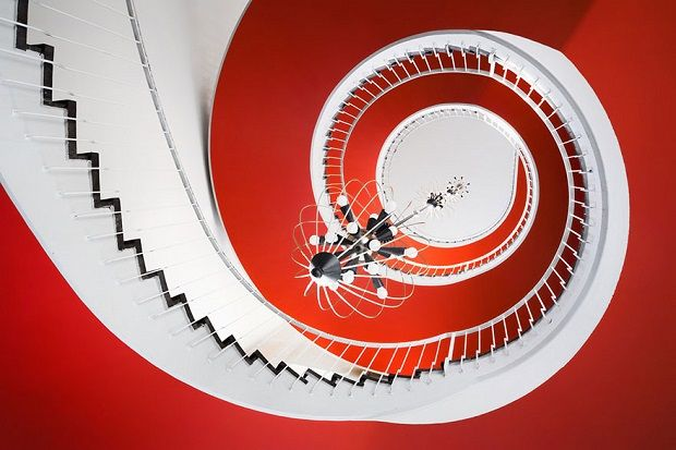 The most spectacular staircases that you will ever see http://bocadolobo.com/blog/photography-video/the-most-spectacular-staircase-photos-that-you-will-ever-see/