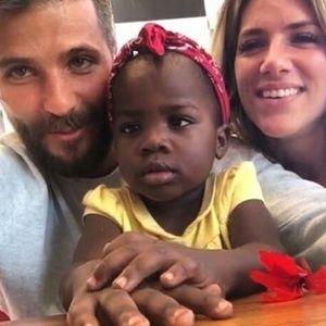 Bruno Gagliasso presta queixa na polícia após ataques racistas à filha