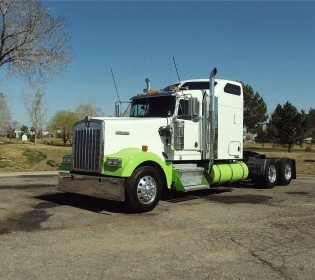 The Kenworth W900L is a heavy duty truck that has been manufactured in the year 2005 and has been in use since the last 7 years. This has all the components in good working condition and performs very well in all conditions.