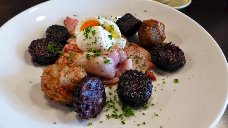 GRILLED BLACK SAUSAGE HOME MADE HASH BROWNS, CANADIAN BACON AND HOUSE RELISH WITH BOILED EGGS at Brewtown Newtown ~ The Sydney Noob | Food and Lifestyle Blog