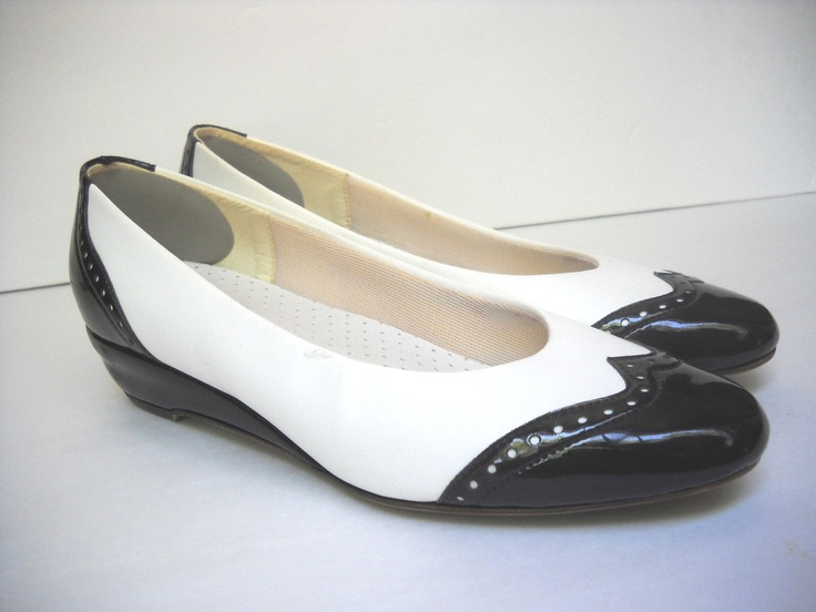 Where To Find White Leather Shoes Paint In Victoria