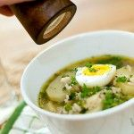 Potetsuppe med grønne erter og risottoris oppskrift.