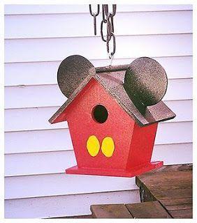 DIY Mickey Mouse birdhouse - Cute!