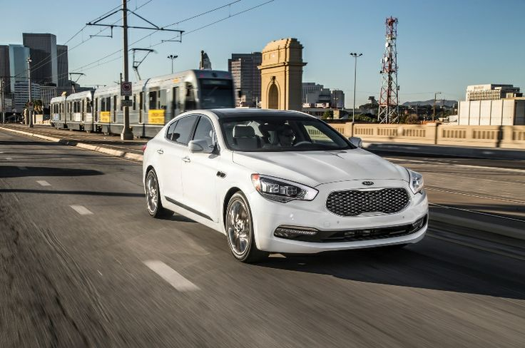 2015 Kia K900 will be the first luxury sedan from Kia, which will be sold in Europe. Kia seems try its luck to enter Europe's premium sedan market
