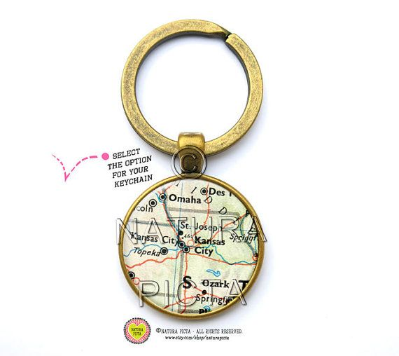 Vintage Kansas City map keychain-Missouri map key by naturapicta