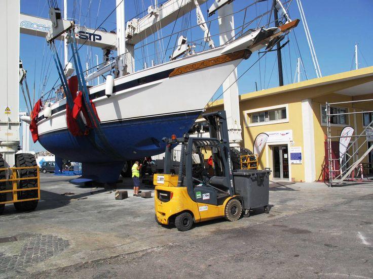 Jongert 21S hauled out in Palma for major works.