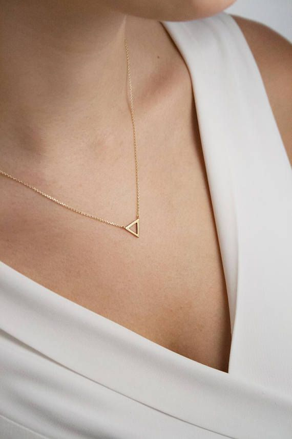 Customized Small Silver Triangle Necklace Dainty Gold Triangle Letter Pendant Necklace Initial Geometric Jewelry Rose Gold Monogram Triangle Layered Necklace