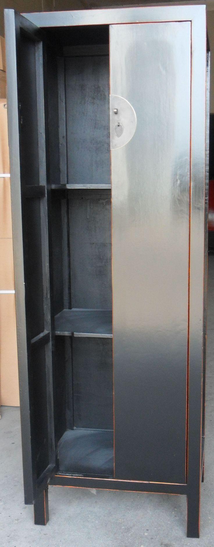 BLACK CABINET: 2 DOORS