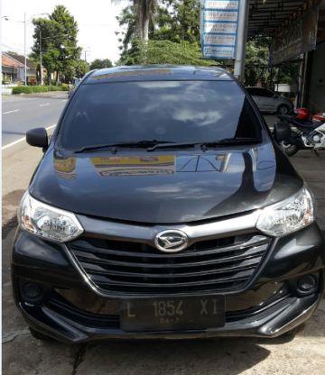 Sewa Mobil Surabaya - DOcar