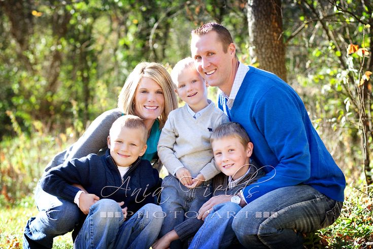 Great photographer with tons of family portrait ideas