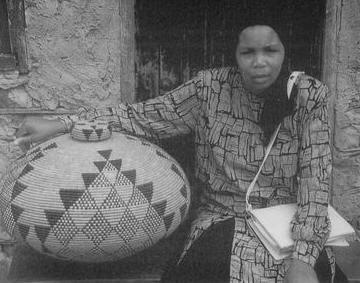 African Baskets - Zulu Baskets – Beaded African Basketry - Master Weaver Beauty Ngxongo