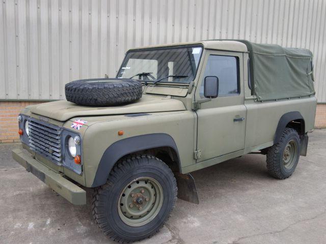 Land Rover Defender 110 300TDi Pickup