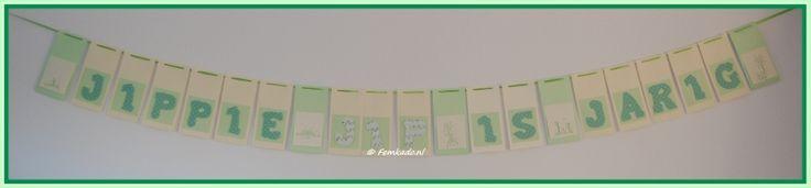 Iets te vieren? Femkado maakt ook persoonlijke geboorte- en verjaardagsslingers. Kleuren en figuren zijn geheel naar wens te maken. Zo word een geboorte- en/of verjaardagsfeestje écht een feestje.