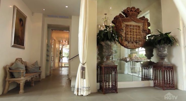 Villa Rosa - foyer - Lisa Vanderpump home