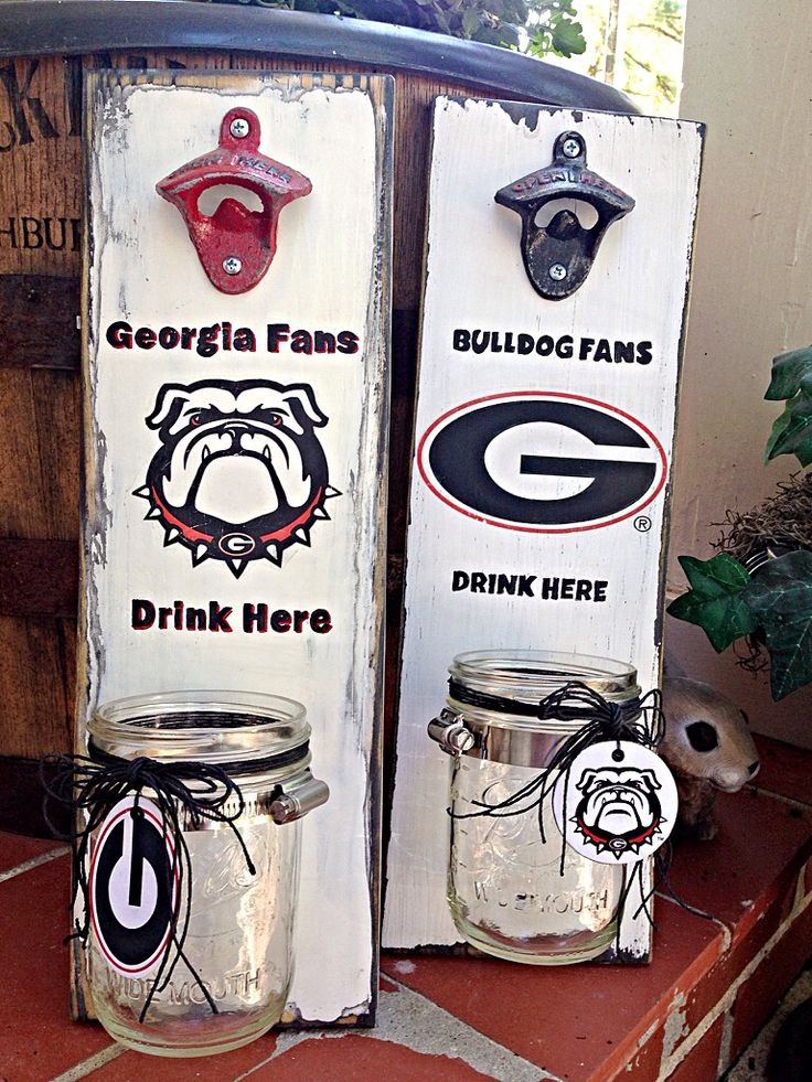 Georgia Bulldog wall hanging bottle opener. DesignsByRhondaLynn.etsy.com
