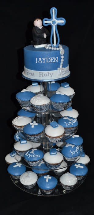 communion cake with matching cupcakes. hand made communion boy