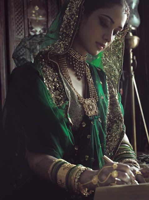 Beautiful Indian Muslim Bride, in #Brilliant @tanishqjewelry #Jewelry <3