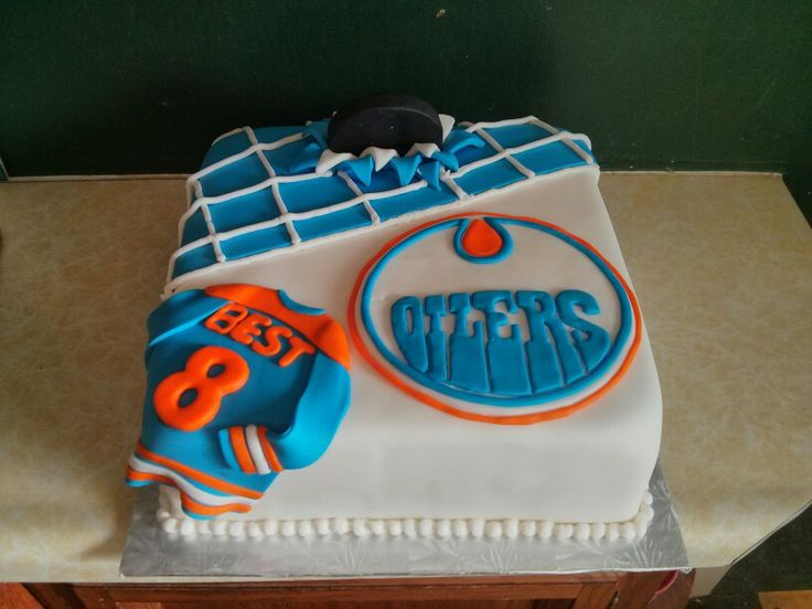Oilers cake