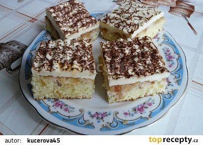 Jablkový koláč s pudinkem recept - TopRecepty.cz