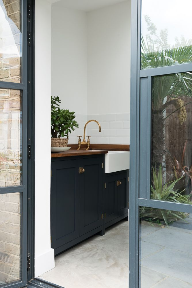 Recent extension and new utility room in South London. The Balham Kitchen also has a beautiful little deVOL Shaker Utility room on the end of it.: