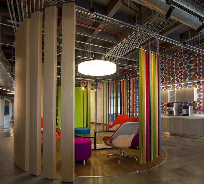 Thousands of amazing new workplaces are designed around the world every year, and 2016 was no exception. As we look back at some of the wonderful spaces created over the past year, we're very proud to see Coalesse products were included in so many of them.