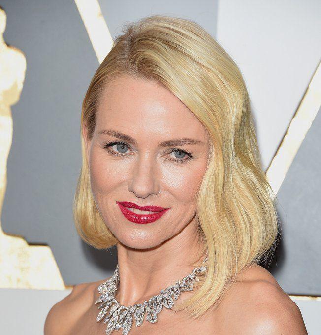 Naomi Watts aux Oscars 2016
